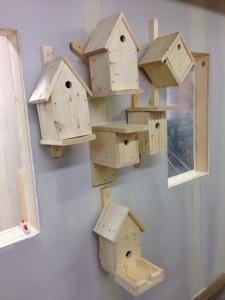 Färdiga Fågelholkar