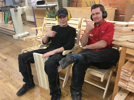 Effra och Joel microvilar i tillverkningen